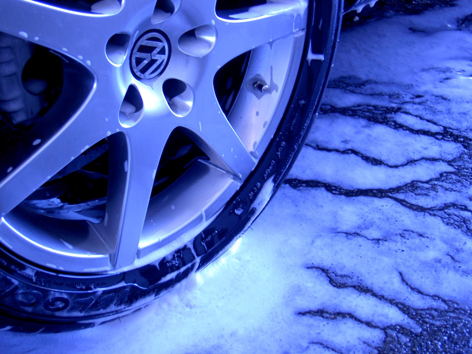 Auto puhastus ja rehvitöö